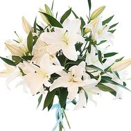 Snow-white bouquet of lilies - flowers and bouquets on roza.kharkov.ua