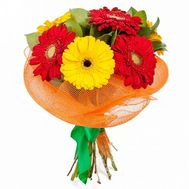 A small bouquet of gerberas - flowers and bouquets on roza.kharkov.ua