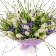 Bouquet of white tulips and irises - flowers and bouquets on roza.kharkov.ua