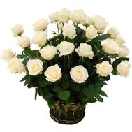 Basket of white roses - flowers and bouquets on roza.kharkov.ua