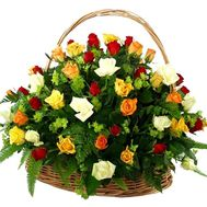 Basket with different color roses - flowers and bouquets on roza.kharkov.ua