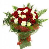 Красивый букет из гвоздик - цветы и букеты на roza.kharkov.ua
