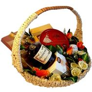 Men's gift basket - flowers and bouquets on roza.kharkov.ua
