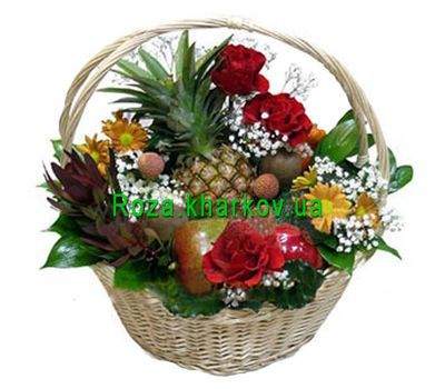 """Basket with fruits and flowers"" in the online flower shop roza.kharkov.ua"