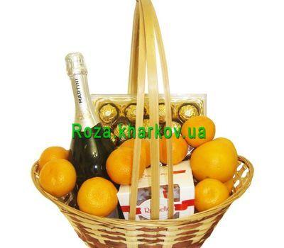 """""""Gift basket"""" in the online flower shop roza.kharkov.ua"""