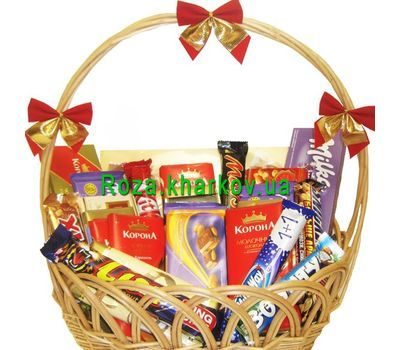 """Gift chocolate basket"" in the online flower shop roza.kharkov.ua"